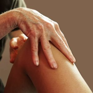 photo de massage de jambes au salon Douce Heure des Mains à Nantes